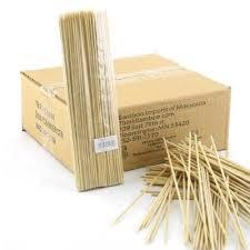 Brocheta de bamboo